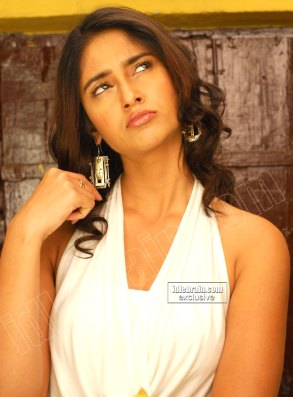 ILEANA HOT Telugu Actress Cute And Lovely Facial Expressions