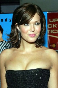 Mandy moore Actress Hot Pictures 2011