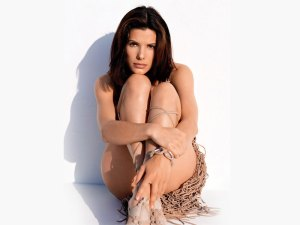 Actress Sandra bullock hot Images 2011