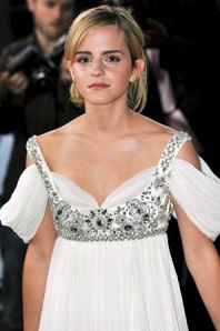 Emma Watson Latest Hot New Wallpapers, Emma Watson Pictures, Photos & Images